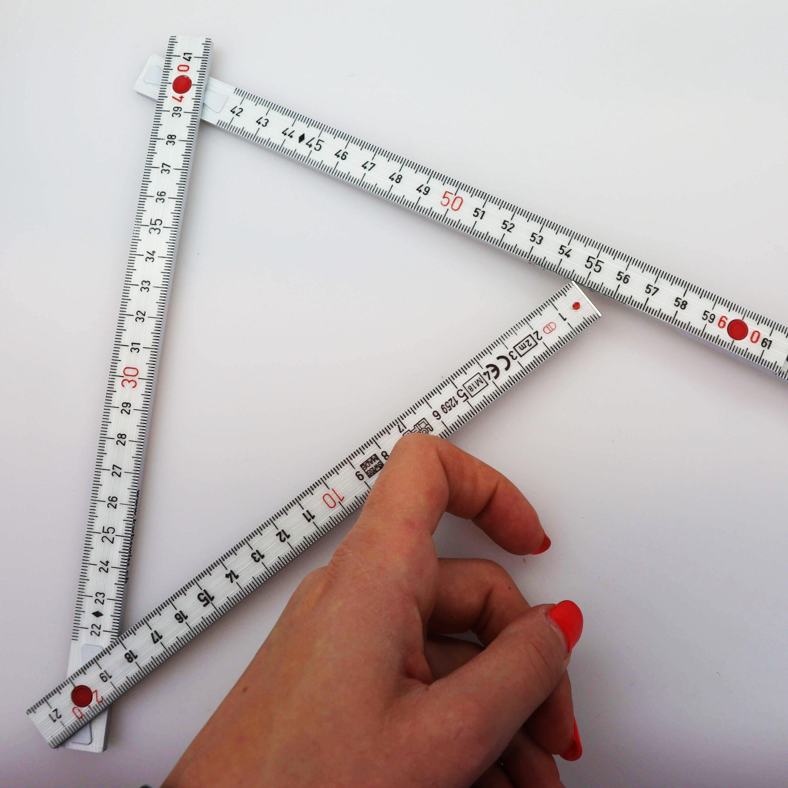 Winkel messen mit Doppelmeter - SchweizerMeter_quadrat-min